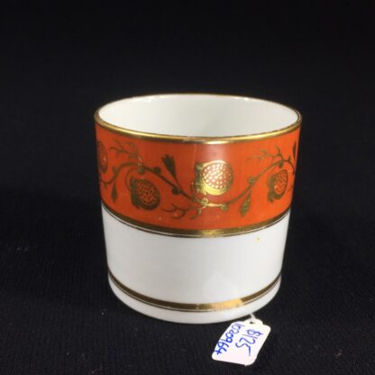 Worcester coffee can, orange & gilt strawberry pattern, c. 1800-26508