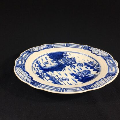 Caughley plate, underglaze 'Weir' pattern with traces of gold, c. 1780-26624