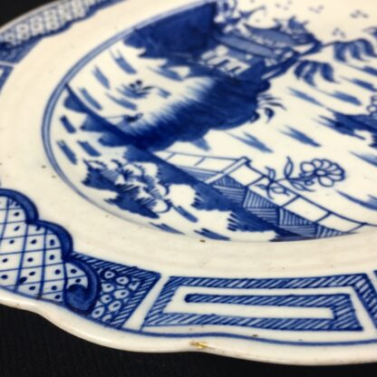 Caughley plate, underglaze 'Weir' pattern with traces of gold, c. 1780-26628