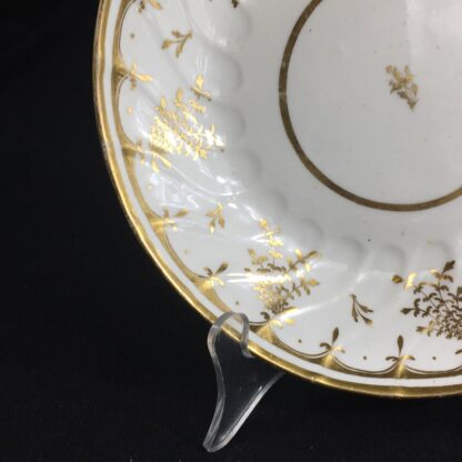 Coalport saucer-dish with gilt sprig pattern, c. 1800-26572
