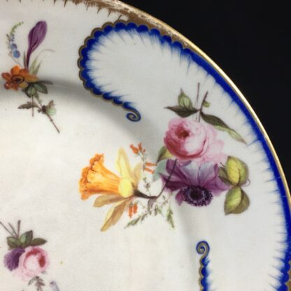 Derby Plate in the Sèvres manner, flower groups, c.1810 -26545