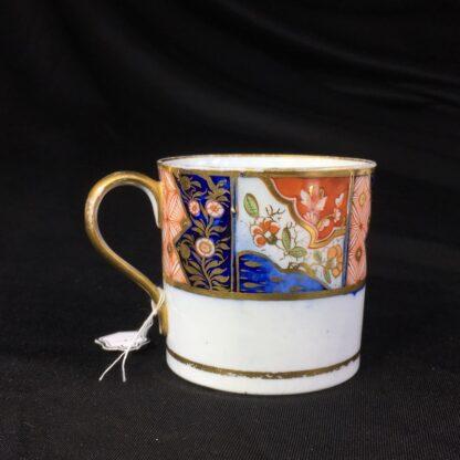 Chamberlains Worcester coffee can, Imari band, c.1810-0