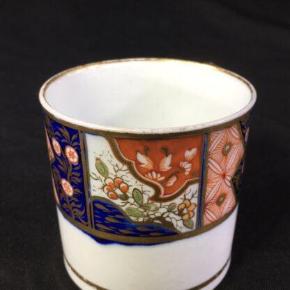 Chamberlains Worcester coffee can, Imari band, c.1810-27038