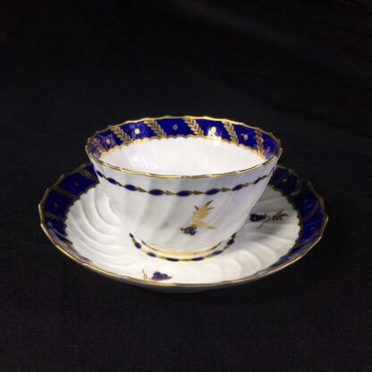 Flight Worcester teabowl & saucer, gilt & blue pattern, c. 1795-27081