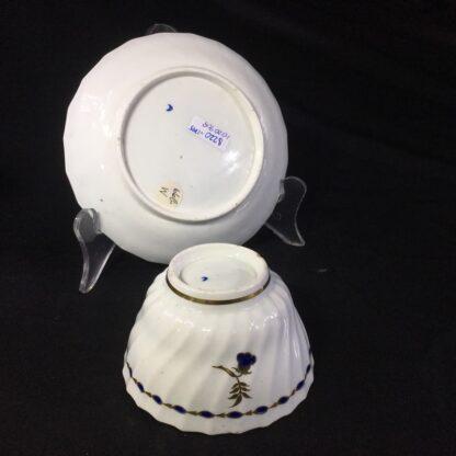 Flight Worcester teabowl & saucer, gilt & blue pattern, c. 1795-27080