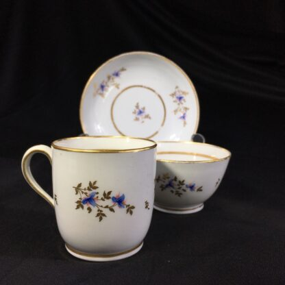 Early Newhall trio, pattern #213, flower sprays, c.1790-27002