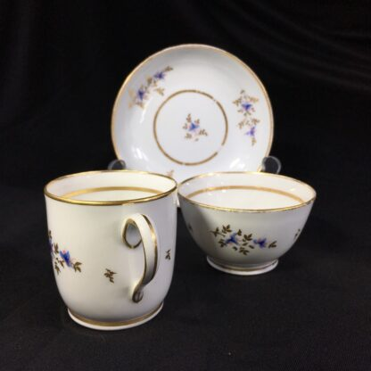 Early Newhall trio, pattern #213, flower sprays, c.1790-27004