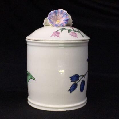 Chantilly pomade pot with rare Holzschnittblumen (Woodcut Flowers) after Meissen, c. 1755-27636