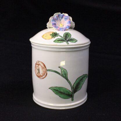 Chantilly pomade pot with rare Holzschnittblumen (Woodcut Flowers) after Meissen, c. 1755-27629