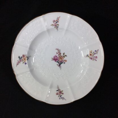 Meissen plate with flower moulding, deutchblumen flowers, 19th century -27606
