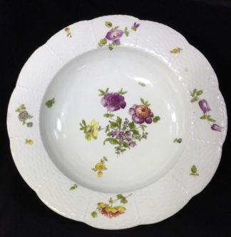 Vienna soup bowl, basketweave with flower dec, c. 1760 -0