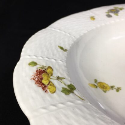 Vienna soup bowl, basketweave with flower dec, c. 1760 -27574