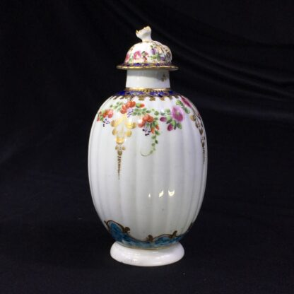 Worcester tea canister and cover, flower swags, c. 1775 -27497