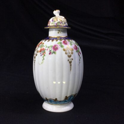 Worcester tea canister and cover, flower swags, c. 1775 -27494