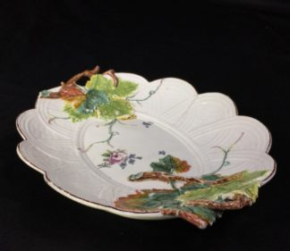 Chelsea basketweave dish with vineleaf handles, flowers, c. 1755-0