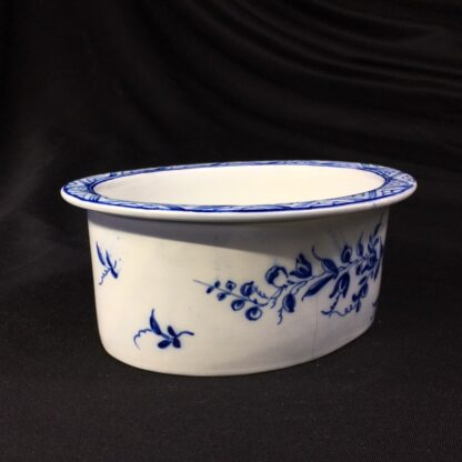 Pearlware potted meat pan, Worcester style flowers, c. 1770 -28174