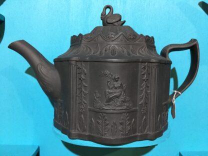 Black basalt teapot, classical sprigs & swan finial, c. 1810 -28360