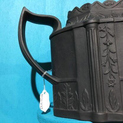 Black basalt teapot, classical sprigs & swan finial, c. 1810 -28365