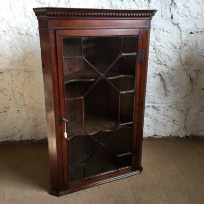 George III mahogany corner cabinet with astragal glazing, c. 1780-0