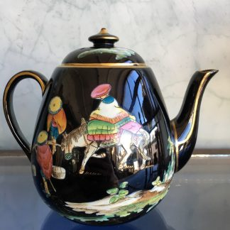 Jackfield glaze teapot with Euterpe pattern Chinioseries,Dudson c. 1875-0