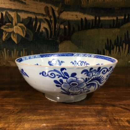 Large English delft punch bowl, Chinese Flowers, c. 1760 -29565