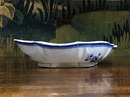 Spode oval fluted serving dish, blue and white flower sprig printed, c. 1800 -29475