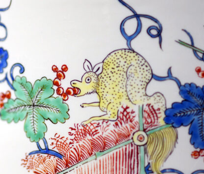 Chantilly Kakiemon 'Seau à rafraîchir' ice bucket, c. 1735-29690