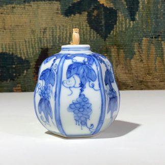 Japanese gourd shape porcelain flask, grapevine & trellis in blue, 19th century -0