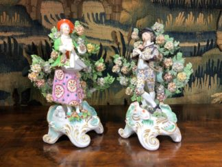 Pair of Samson of Paris 'Chelsea' style bocage figures, C. 1880-0