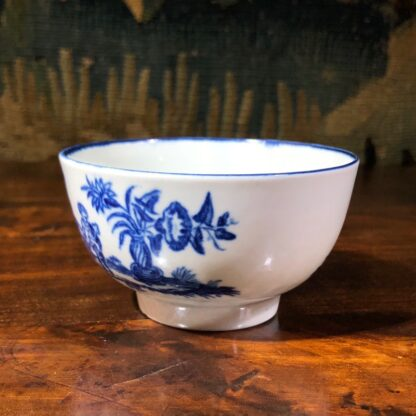Worcester teabowl, blue 'Mother and Child' print, circa 1775 -30080