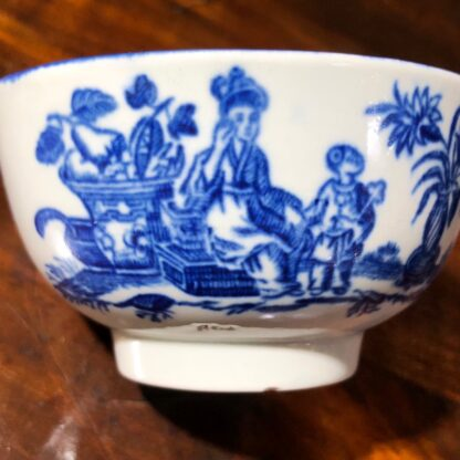 Worcester teabowl, blue 'Mother and Child' print, circa 1775 -30076