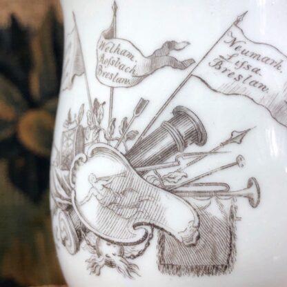 Worcester 'King of Prussia' bell shape mug, c. 1757-31012
