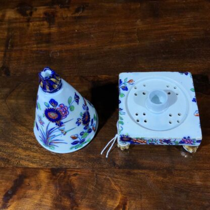 Spode conical shape pastille burner, Imari colours, c.1810. -30844