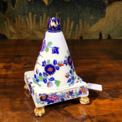 Spode conical shape pastille burner, Imari colours, c.1810. -30847