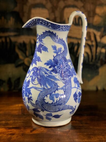 Large Chinese Export ewer, dragons & peonies, c. 1800 -0