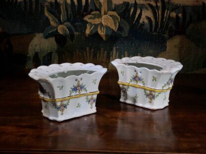 Pair of German faience bough pots, fluted form with flowers, c. 1780 -32439