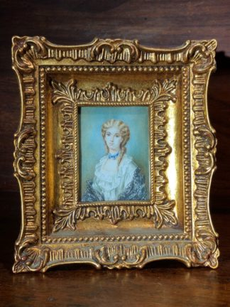 Portrait miniature on Ivory, fashionable lady, 20th century -0