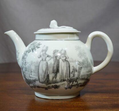 Worcester milkmaids pattern teapot
